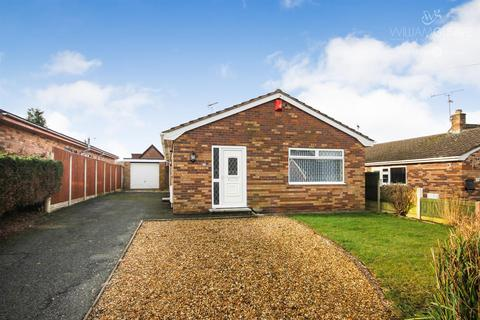 3 bedroom detached bungalow for sale - Aberllanerch Drive, Buckley