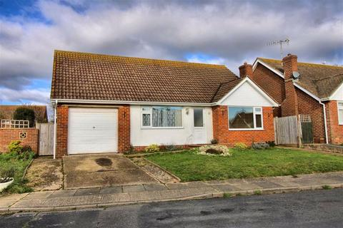 3 bedroom detached bungalow for sale - Kingsmead Walk, Seaford, East Sussex