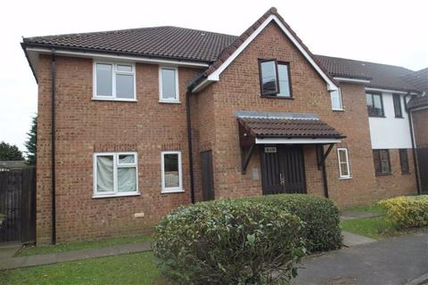 1 bedroom flat for sale - Beaufort Close, Chingford