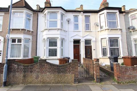 3 bedroom terraced house for sale - Rosslyn Road, Barking, Essex, IG11