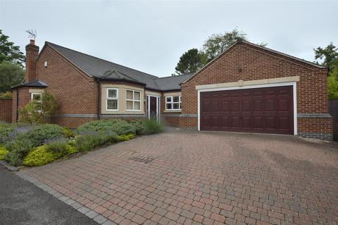3 bedroom detached bungalow for sale - Kings Croft, Allestree Village, Derby