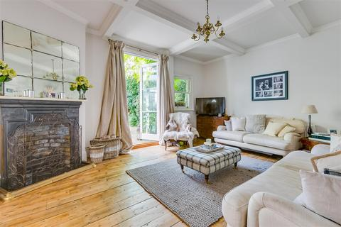 2 bedroom end of terrace house to rent - Harvard Road, Chiswick, London