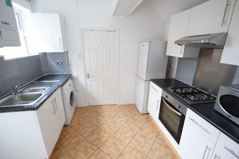 4 bedroom terraced house to rent - Southampton Street, Reading, Berkshire, RG1