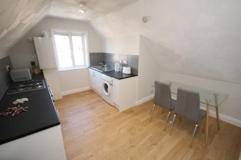 2 bedroom flat to rent - Randolph Road, Bournemouth