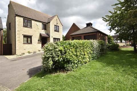 4 bedroom detached house for sale - Huxley Way, Bishops Cleeve, Cheltenham, Gloucestershire, GL52