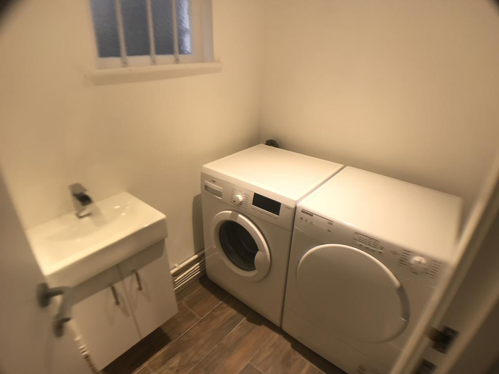 WC & Laundry room