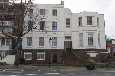 1 bedroom flat for sale - New Road, Chatham