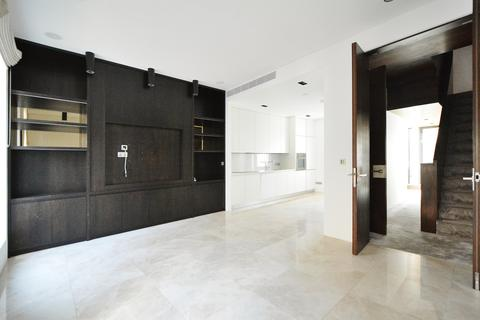 6 bedroom terraced house to rent - Wilton Place, London, SW1X