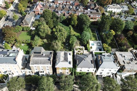 4 bedroom detached house for sale - Hamilton Terrace, London, NW8