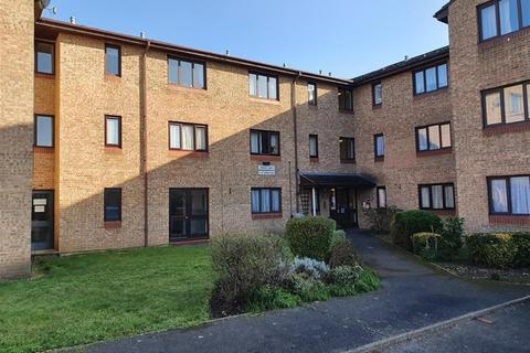 1 bedroom flat - Verona Close , Uxbridge , Buckinghamshire , UB8 2LJ