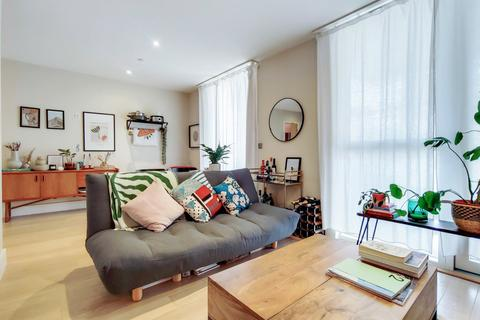 1 bedroom flat for sale - Robsart Street, Stockwell