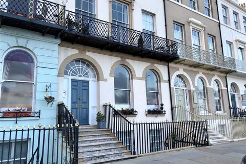 2 bedroom apartment for sale - 118 The Esplanade, Weymouth, Dorset