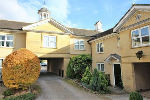 2 bedroom flat for sale - Ashcombe Court, Ilminster