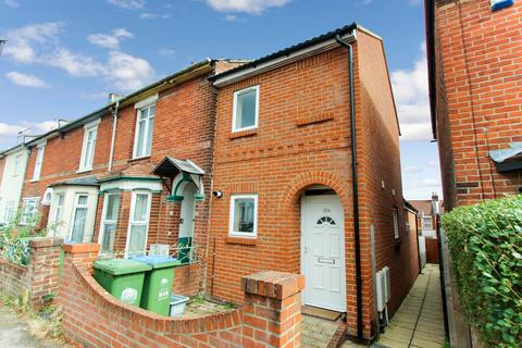 2 bedroom end of terrace house to rent - Northcote Road, Southampton, SO17