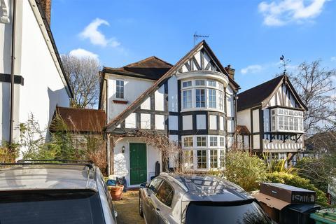 4 bedroom link detached house for sale - Hillway, London