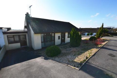 4 bedroom semi-detached bungalow - Mayfield Acres, Kilgetty