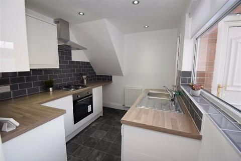3 bedroom flat for sale - Crofton Street, South Shields