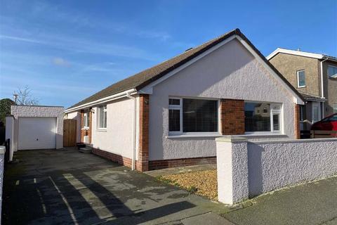 3 bedroom detached bungalow for sale - Haven Park Avenue, Haverfordwest