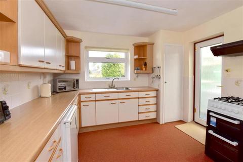 3 bedroom semi-detached bungalow for sale - Hanmer Way, Staplehurst, Kent