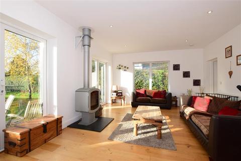 5 bedroom detached house for sale - Avisford Park Road, Walberton, Arundel, West Sussex