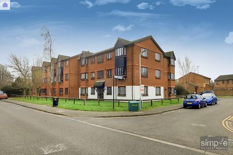 1 bedroom flat for sale - Gade Close, Hayes, UB3