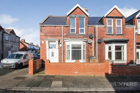 3 bedroom ground floor flat for sale - Cleveland Road, Barnes, Sunderland, SR4 7PU