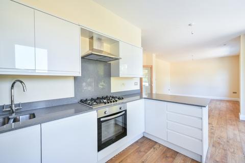 2 bedroom flat for sale - Queens Mead Road Bromley BR2