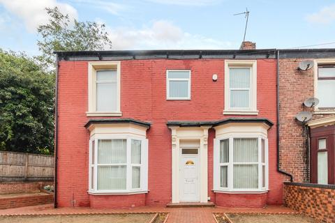 6 bedroom terraced house to rent -  The Brae,  Sunderland, SR2