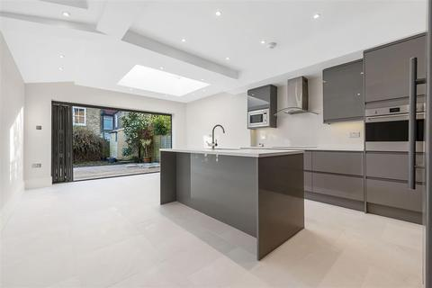 4 bedroom terraced house to rent - Engadine Street, SW18
