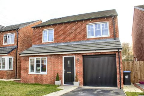 3 bedroom detached house for sale - Lord Close, Acklam