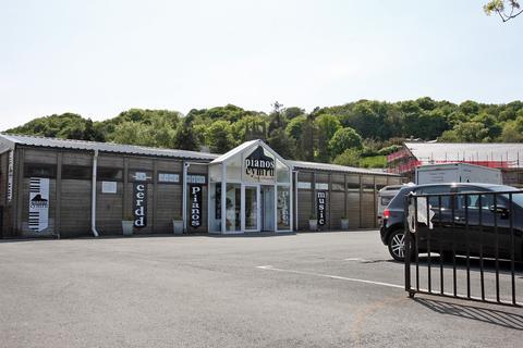 Restaurant for sale - Porthmadog, Gwynedd, LL49