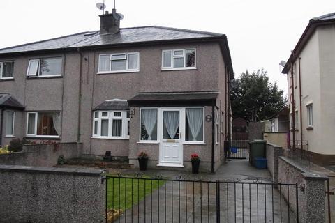 3 bedroom semi-detached house to rent - Maesincla, Caernarfon, Gwynedd, LL55