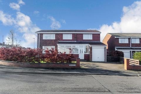 3 bedroom semi-detached house to rent - Swansfield, Morpeth, Northumberland, NE61 2AE