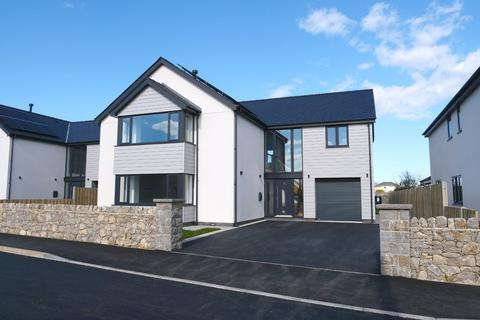 5 bedroom detached house for sale - Parc Deiniol Sant, Llanddaniel, Anglesey, LL60