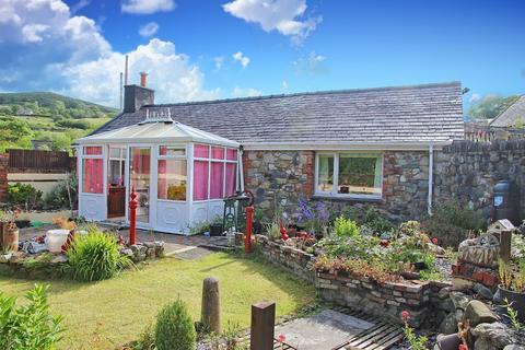 2 bedroom house for sale - Clwt-Y-Bont, Caernarfon, Gwynedd, LL55