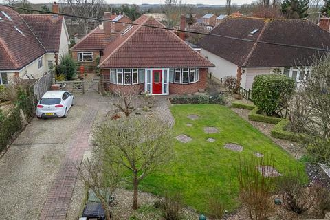 5 bedroom detached bungalow for sale - High Road, Brightwell-Cum-Sotwell