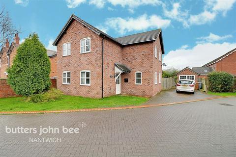4 bedroom detached house for sale - The Orchards, Shavington
