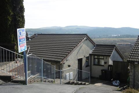 3 bedroom semi-detached bungalow for sale - Bay View Gardens, Skewen, Neath, Neath Port Talbot.