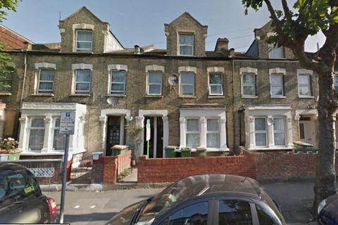 3 bedroom maisonette for sale - Neville Road, Forest Gate, E7