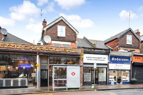 Flat for sale - Walm Lane, Willesden Green, NW2