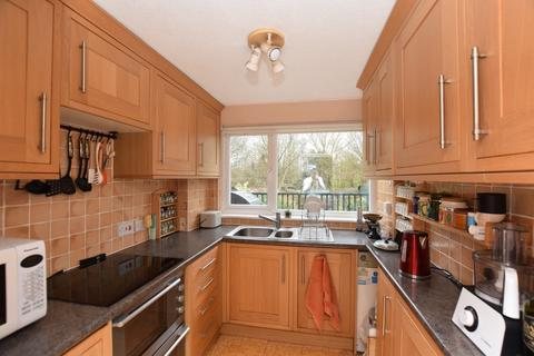 3 bedroom townhouse for sale - Mabledon Avenue, Ashford