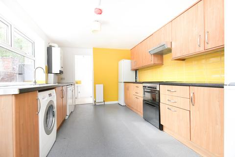 6 bedroom terraced house to rent - Guildford Place, Heaton, Newcastle Upon Tyne