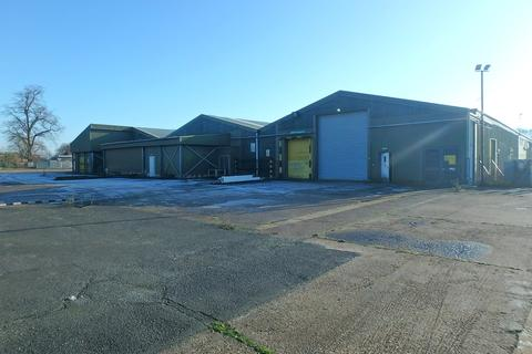Industrial unit to rent - Commercial Premises & Distribution Centre - Gosberton