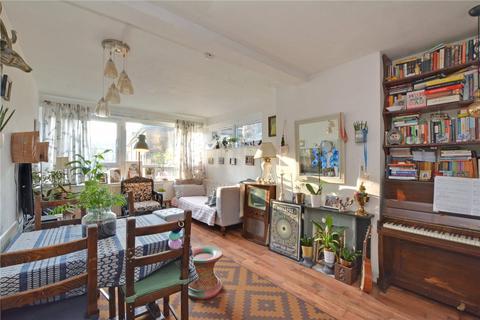 3 bedroom maisonette for sale - Excelsior Gardens, Lewisham, London, SE13