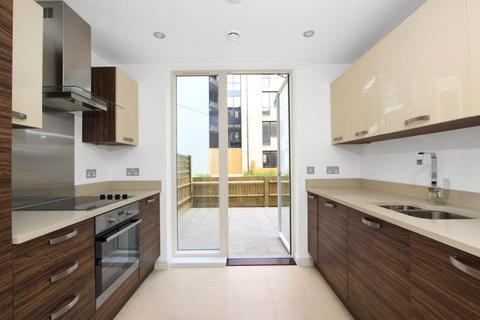 2 bedroom apartment to rent - Boundary Lane, London, SE17