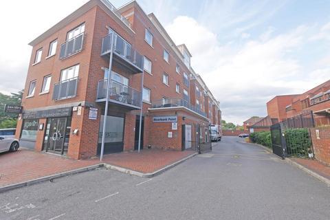 1 bedroom flat for sale - Riverbank Point, Uxbridge