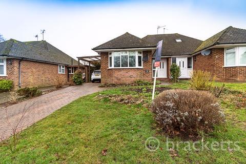 3 bedroom semi-detached house for sale - Derwent Drive, Tunbridge Wells