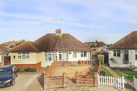 2 bedroom bungalow to rent - Milton Close, Rustington, West Sussex, BN16