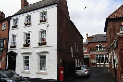 Property to rent - Churchgate, Retford