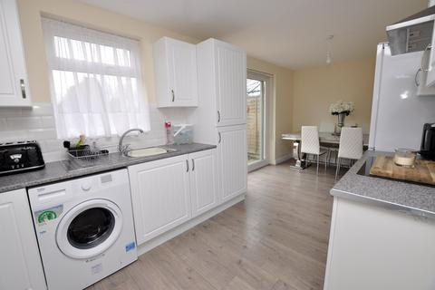 3 bedroom semi-detached house to rent - Falmouth Road, Old Springfield, Chelmsford, CM1